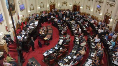 Córdoba: Una dieta de legislador equivale a 5 salarios docentes