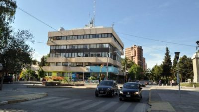 El intendente de Neuquénpromueve dos reelecciones para el intendente