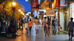 Los comerciantes correntinos revelan que no hay forma de repuntar las ventas
