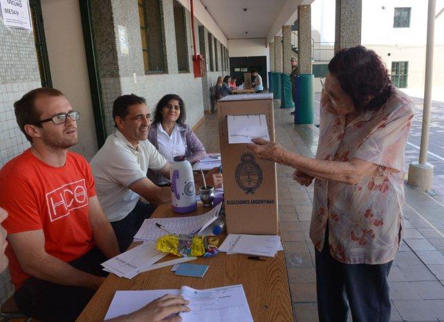 Los municipios, al igual que Mendoza, harán elecciones unificadas junto con la Nación