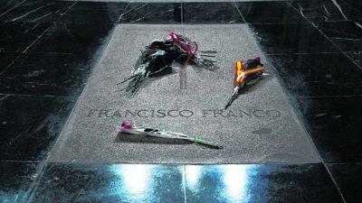 España: el Congreso pide sacar a Franco del Valle de los Caídos