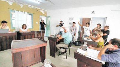 """A dos concejales de Rincón les descontarán del sueldo los """"faltazos"""" a las sesiones"""