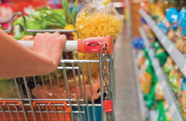 Los tucumanos destinan más del 40% de sus ingresos a comprar alimentos