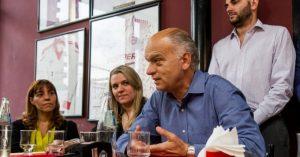 Lanús: Grindetti también se salva de la interna y pone todos los esfuerzos en cazar los votos del massismo