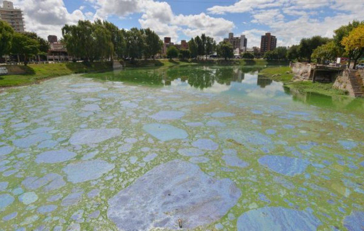 Cloacas de 20 localidades cordobesas contaminan la cuenca del San Roque
