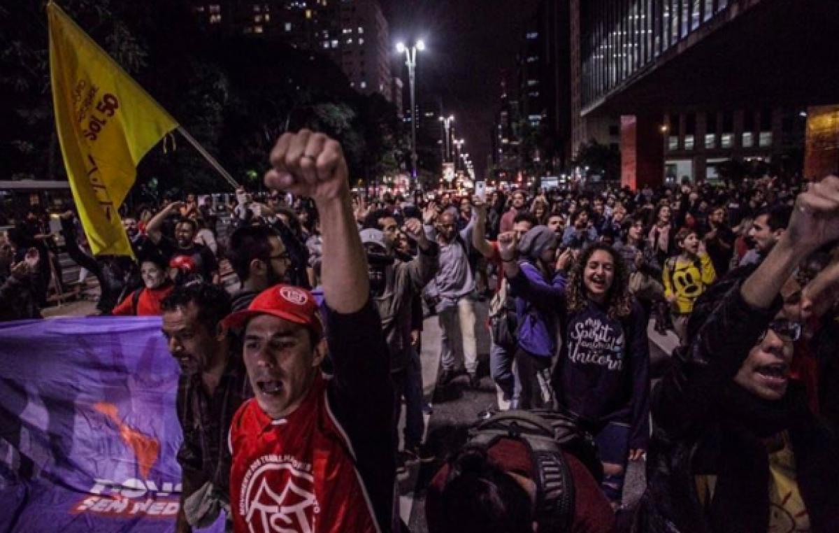 La gente salió a la calle en Brasil para pedir la renuncia del presidente Temer