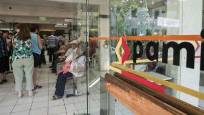 El ajuste del PAMI que castiga a jubilados