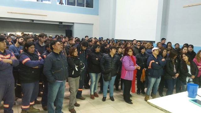 Río Gallegos: Asamblea rechazó oferta salarial y pide el 35% para 2017