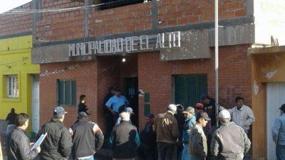Brutal represión a trabajadores municipales de El Alto por una manifestación
