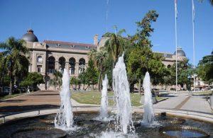 Santa Fe: Pulseada por $ 500 millones entre la Casa Gris y los municipios y comunas