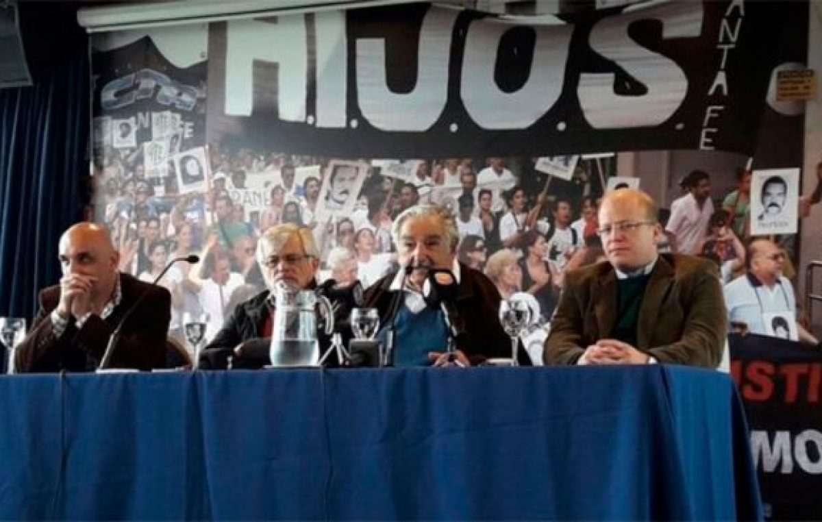 """Mujica: """"Si no nos unimos, somos boleta"""""""