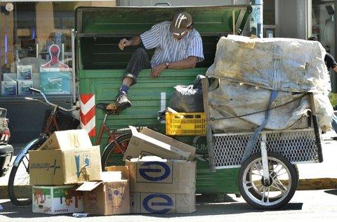 Por la crisis, se triplicaron los recolectores informales en Rosario
