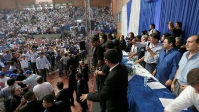 Opositores del partido Liberal paraguayo piden asilo en Uruguay
