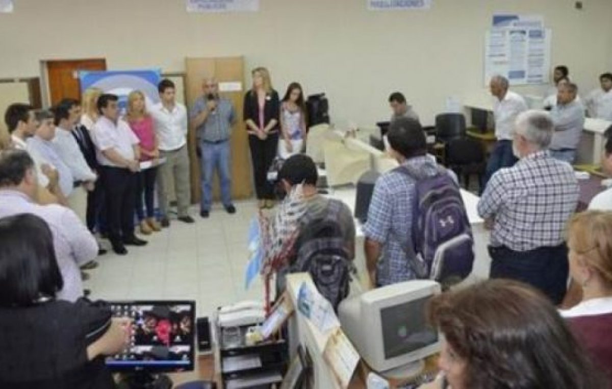 La Municipalidad de Corrientes salió a bancar los pases a planta