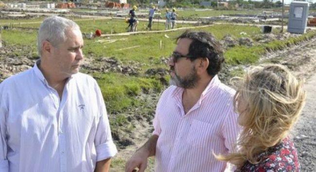 Avanza construcción de viviendas para municipales y personas con discapacidad en Corrientes
