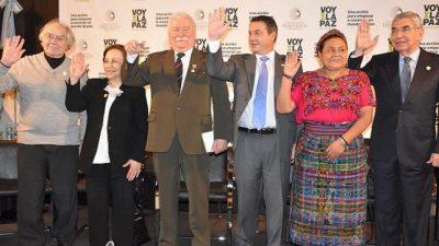 Cinco premios Nobel de la Paz analizan el escenario mundial en Rosario