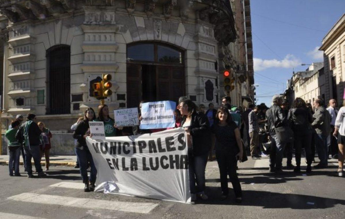 Jerarquizados de Paraná vuelven a las protestas