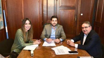 El intendente de Catamarcapasó a planta a más de 70 trabajadores comunales