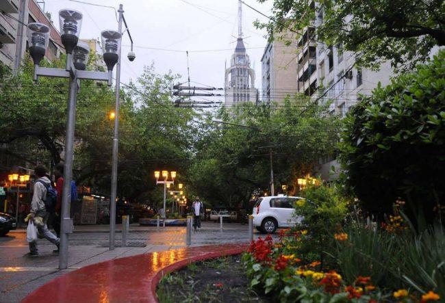 """Mendoza conserva su fama de """"Ciudad limpia"""""""