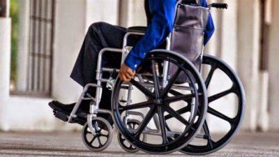 Acorralado por las críticas, el Gobierno retrocedería con la quita de pensiones por discapacidad