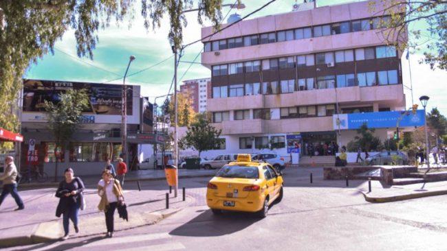 Neuquén: Polémica en la Muni por cese de contratados