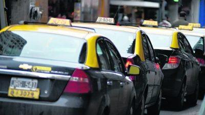 Licencias en la mira: advierten que 700 taxistas rosarinos podrían perder sus trabajos