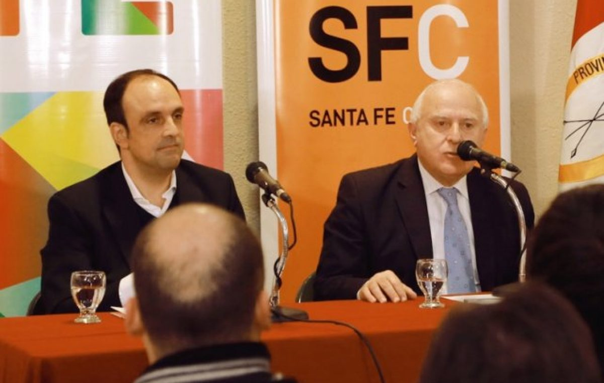 Santa Fe: Lifschitz y Corral ensanchan la grieta en territorio santafesino