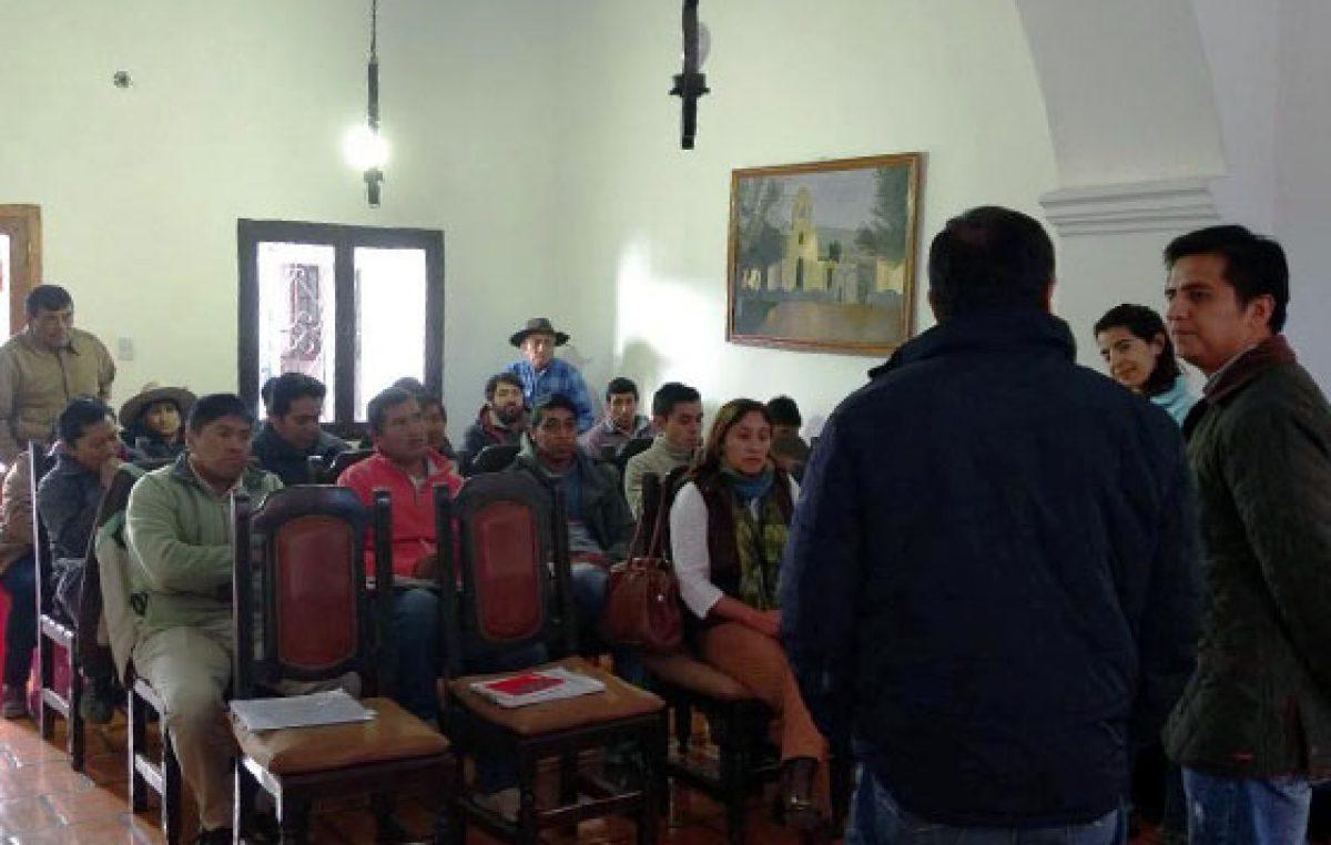 Difundieron en Cachi los beneficios de  un programa destinado a comunidades rurales