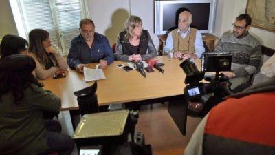 La intendenta de Rawsondenunció que hay un «claro intento de destitución»