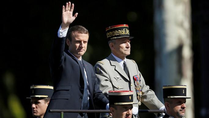 """""""No permitiré que me jodan"""": renuncia el jefe del Ejército francés"""