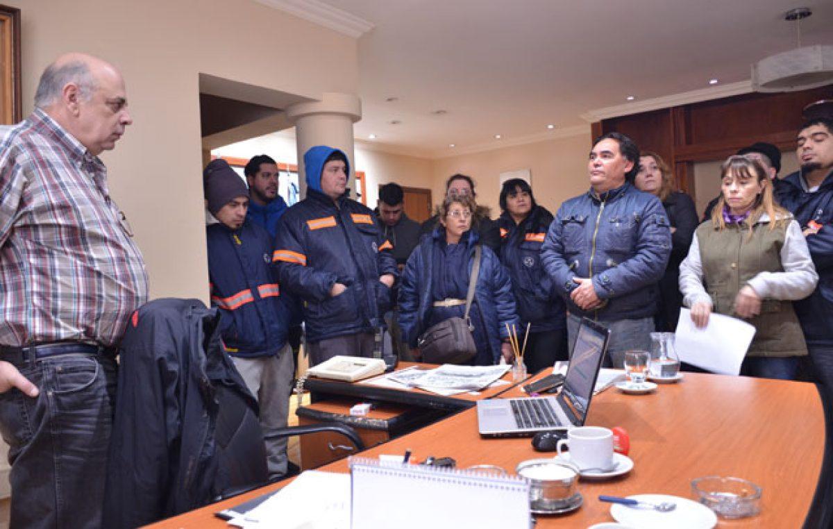 Sin aguinaldo, SOEM definió paro por tiempo Indeterminado en Río Gallegos