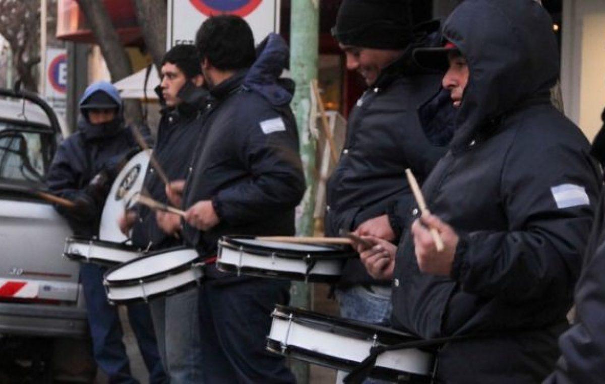 Municipales de Cipolletti siguen con medidas de fuerza