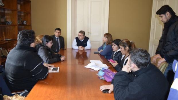 El intendente de Catamarcaanunció un aumento de 1.000 pesos para becados y Capital Social