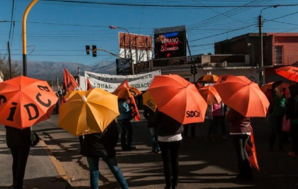 Valle Viejo: Docentes municipales esperan SAC y aumento
