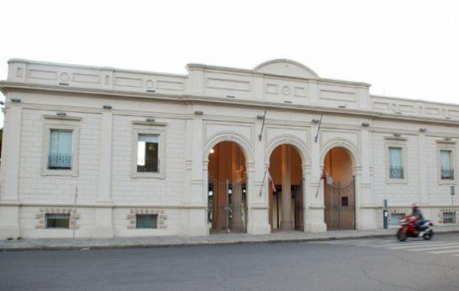 Contratos para municipales catamarqueños