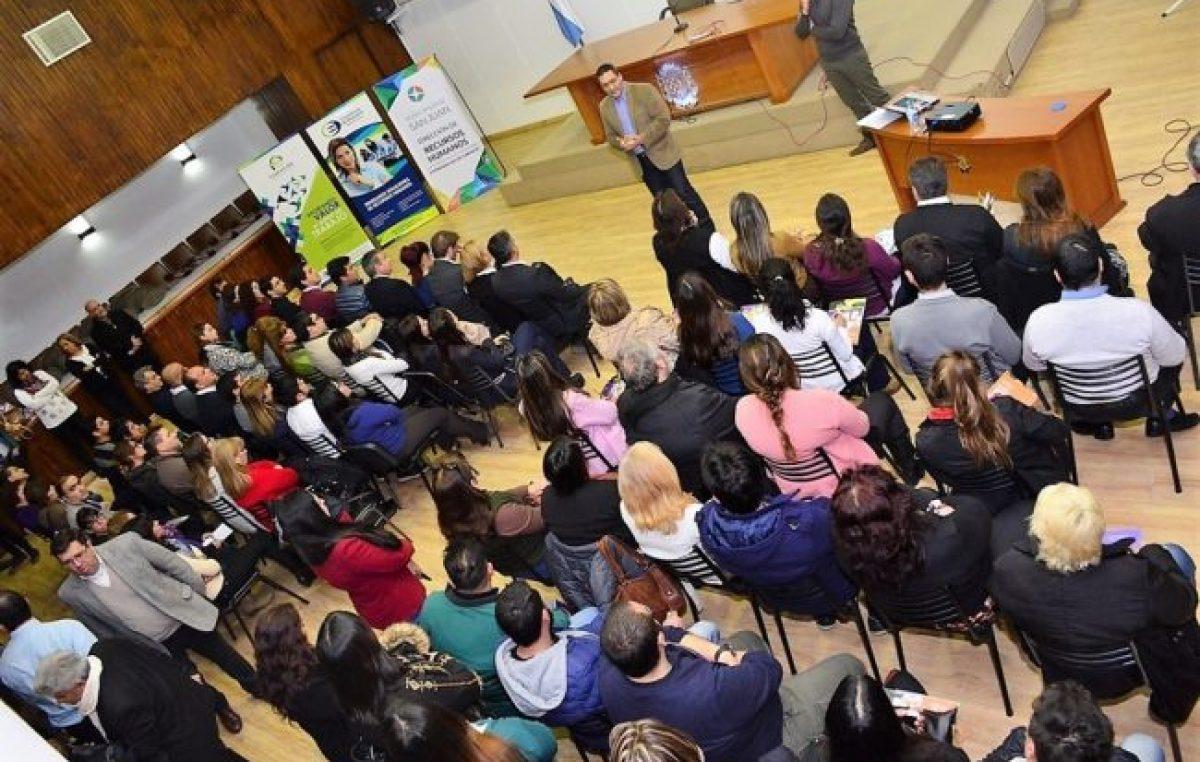 Capacitan a empleados municipales de la Capital de San Juan