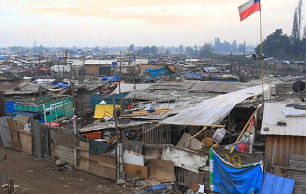 Cada vez más familias chilenas viven en villas miserias
