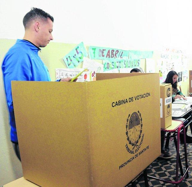 Los 47 mil votos anulados a concejal le ganaron al oficialismo rosarino