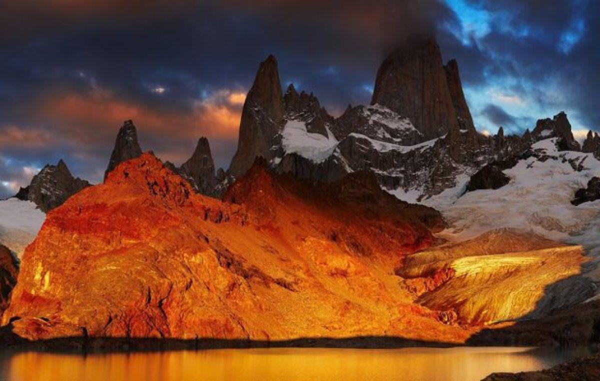 El cerro que parece echar humo en la Patagonia