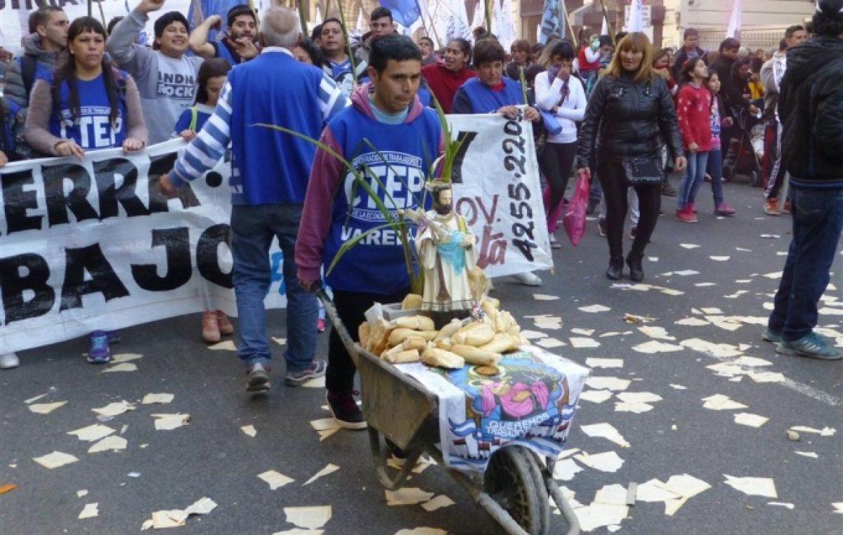 """Organizaciones sociales preparan la gran marcha de """"San Cayetano"""""""