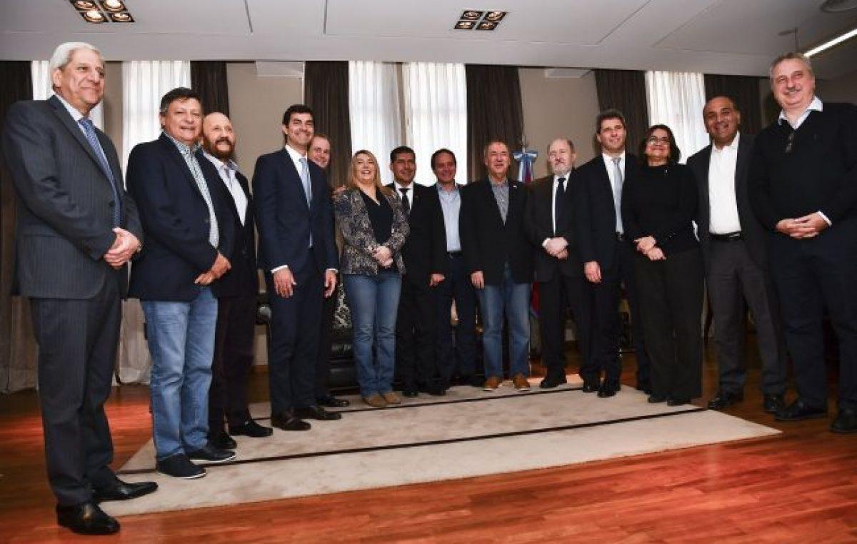 Fondo del Conurbano: Gobernadores del PJ cerraron filas contra el reclamo de Vidal