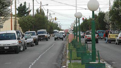 """Denuncian """"desinterés"""" de concejal por salarios municipales en Las Heras"""