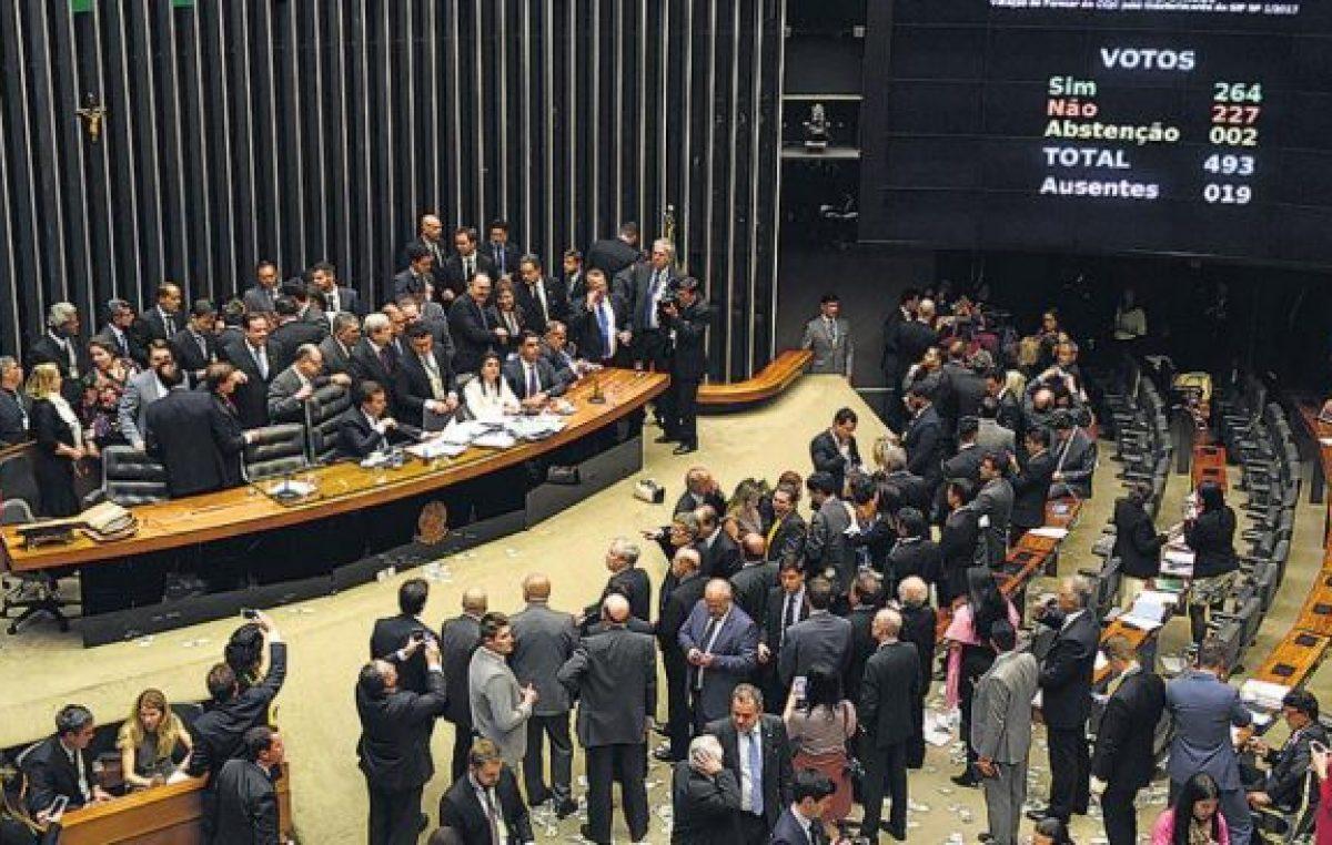 Temer zafó del juicio político en Brasil