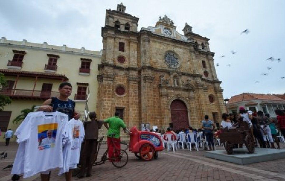 El Papa viaja a Colombia como peregrino de paz y de esperanza