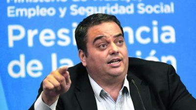 Gobierno, oposición y gremios se cruzan por la reforma laboral