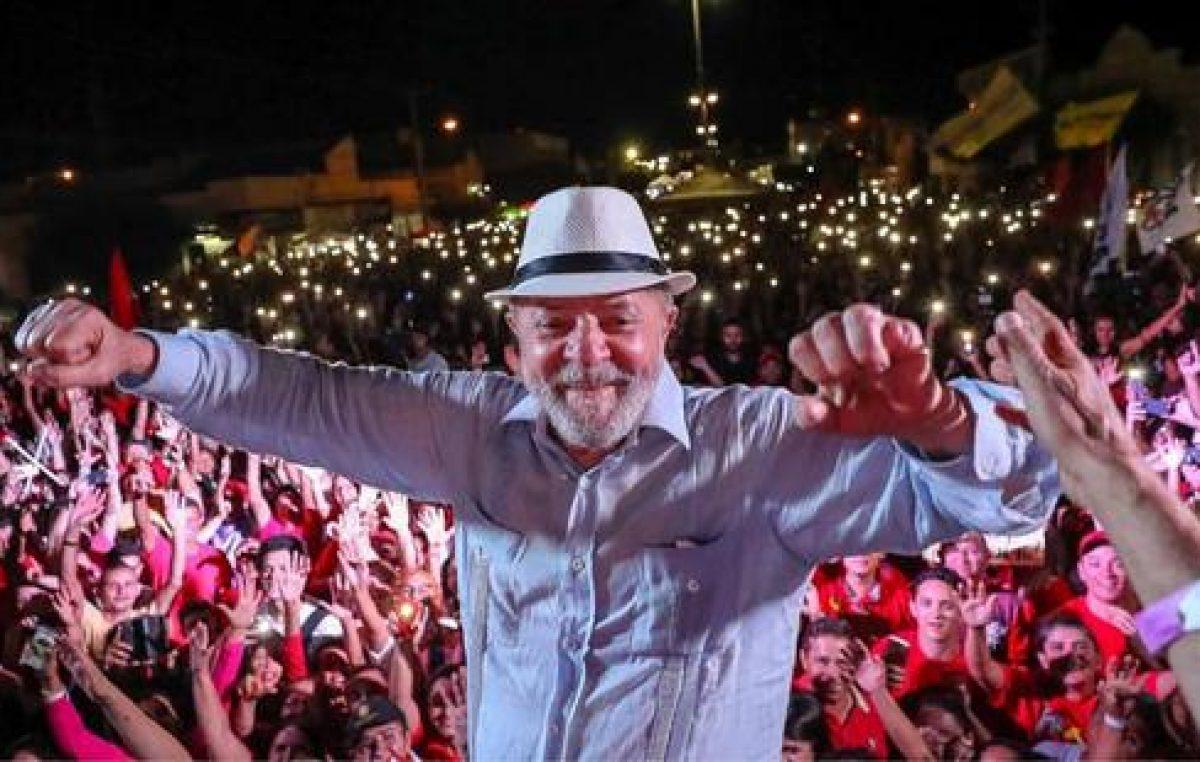 Lula en exitosa caravana protagonizada por pueblos del nordeste de Brasil