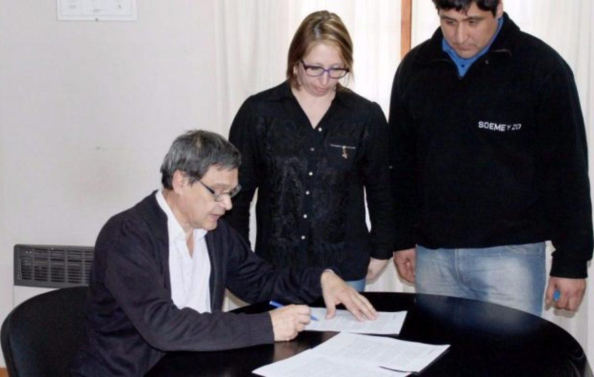 Municipio y gremios de Lago Puelo acuerdan incremento salarial del 14%