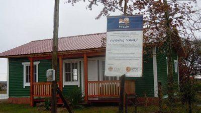 En una experiencia pionera en el país, el Gobierno entrerriano construirá 250 viviendas de madera en Concordia