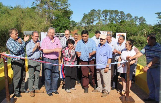 El gobernador de Misionesanunció el reparto de 30 millones de pesos para obras en los 75 municipios