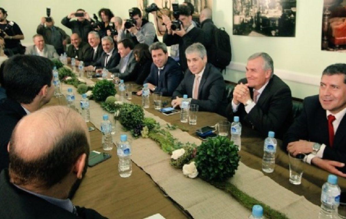 Todos juntos contra las pretensiones de Vidal